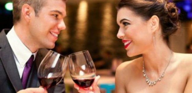 Dicas para um primeiro encontro: 9 coisas que você não deve pedir um cara no primeiro encontro