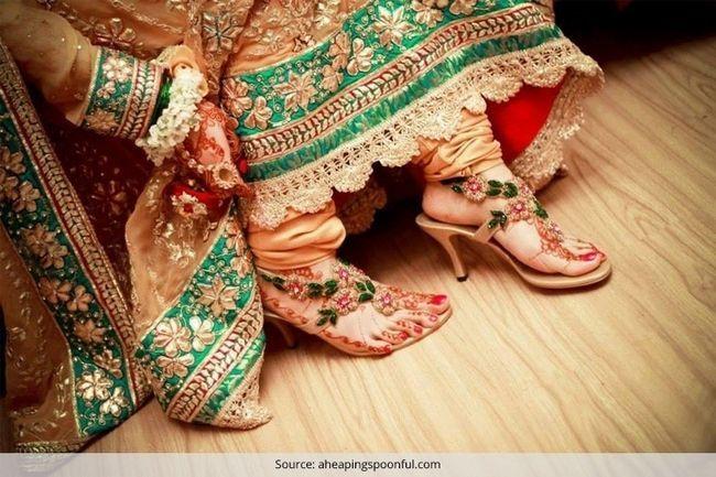 Dicas para ajudar a noiva indiana comprar os sapatos de casamento