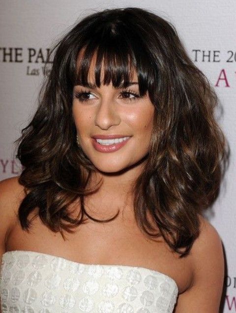 Lea Michele Penteados: Volumosa Médio Curls