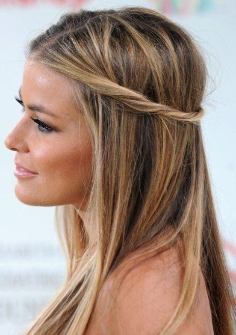 Carmen Electra Penteados: Corte de cabelo reto com torção