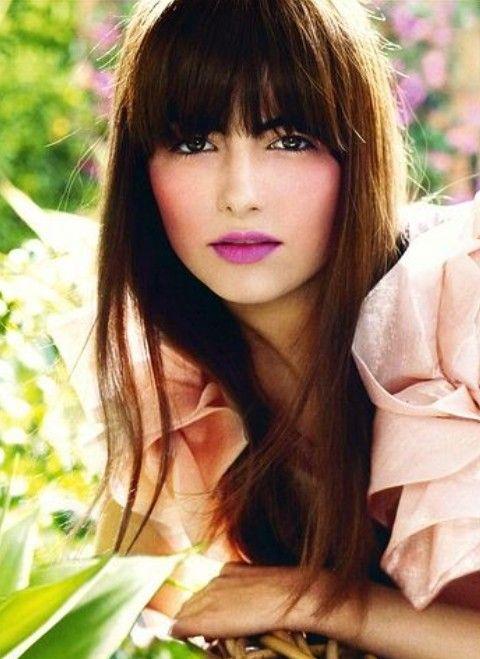 Camilla Bella Penteados: Corte de cabelo Liso Castanho com Bangs