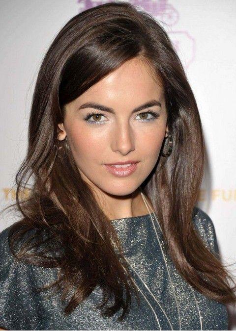 Camilla Bella Penteados: Corte de cabelo em linha reta separaram-Side