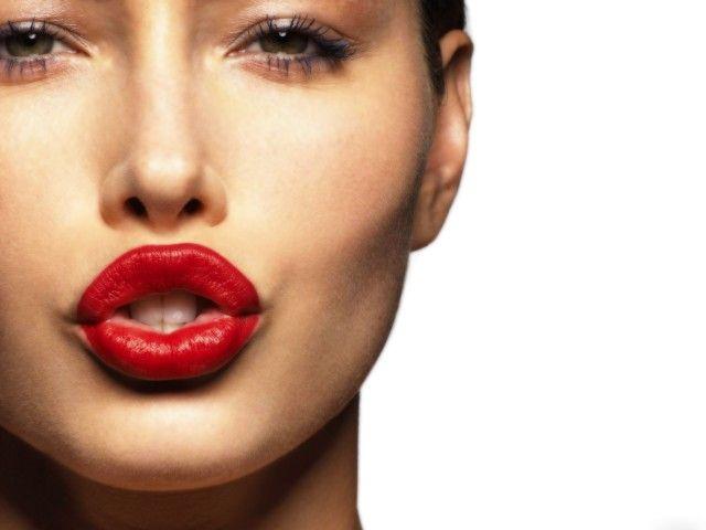 Sedutor Red Lip Makeup