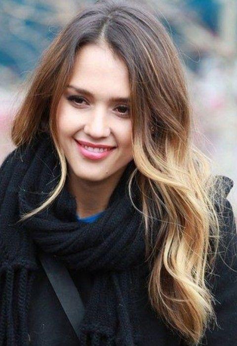 Jessica Alba penteados longos: cachos soltos elegante para qualquer formato de rosto