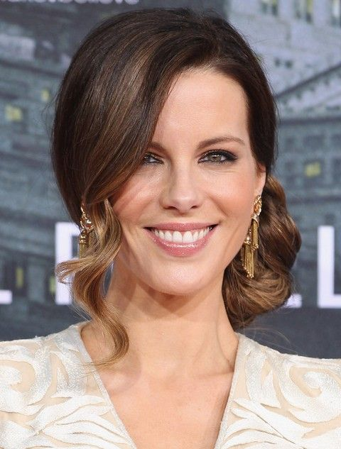 Kate Beckinsale Penteados: lindo Curly Updo