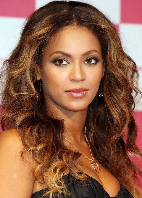 Beyonce penteados longos: Radiant Centro-separaram ondulado corte de cabelo