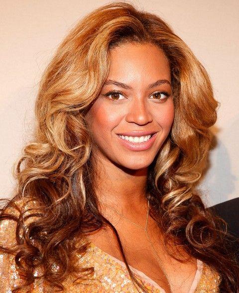 Beyonce penteados: à moda longos cachos para Sophisticated Ladies