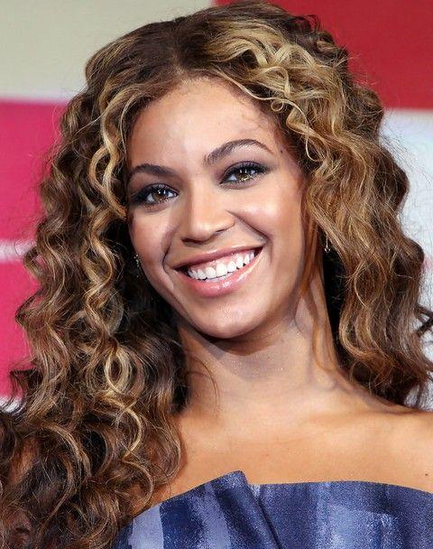 Beyonce penteados: Ondas longas lindo Centro-entreabertos