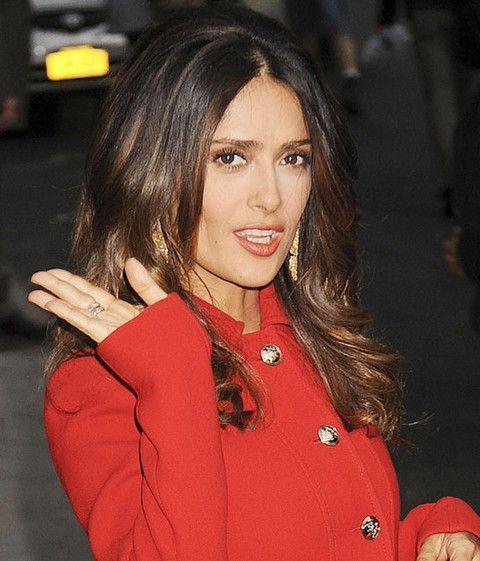 Salma Hayek Penteados: Beautiful Haircut separaram-Center