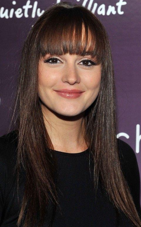 Leighton Meester Penteados: Corte de cabelo reto com Bangs