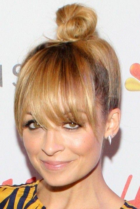 Nicole Richie Penteados: Nó do cabelo com franja