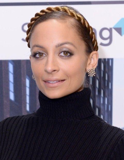 Nicole Richie Penteados: trançado Updo