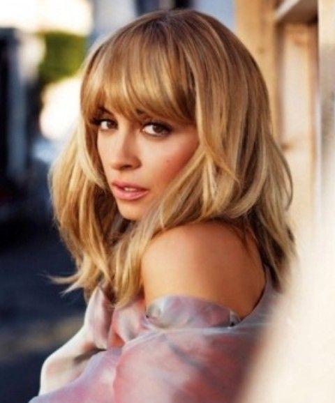 Nicole Richie Penteados: Fluffy Médio corte de cabelo