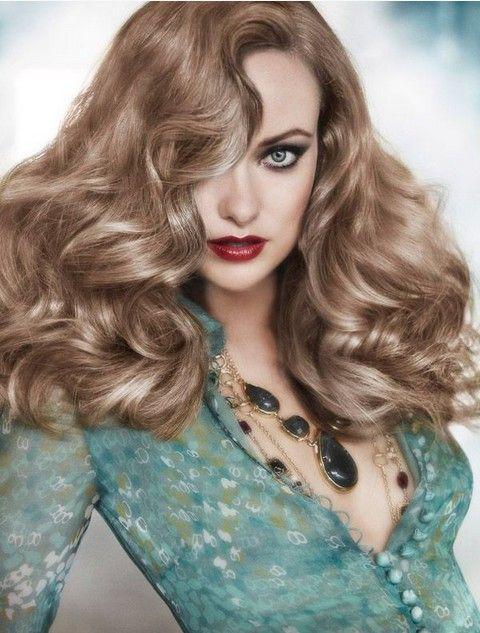 Olivia Wilde Penteados: Shaggy ondulado penteado chique-Retro