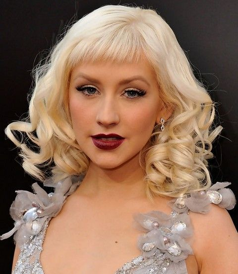 Christina Aguilera Penteados: Trendy Médio Curls