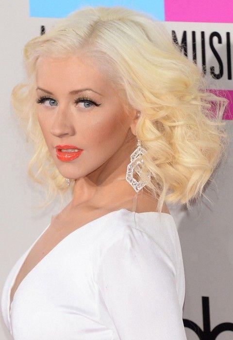 Christina Aguilera Penteados: 2014 separaram-Side Curls Médio