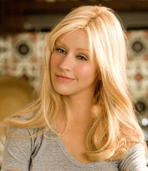 Christina Aguilera Penteados: Casual chique ondulado Haircut
