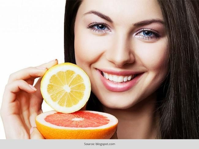 Top 7 maneiras de usar o limão em seu rosto para a pele brilhante