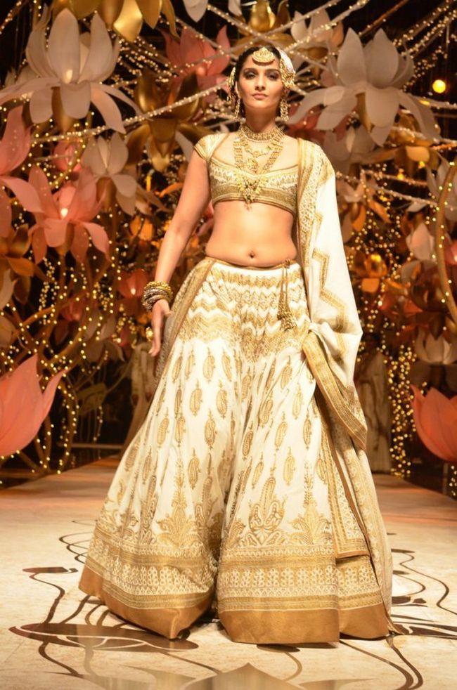 projetos blusa simples para saris meia