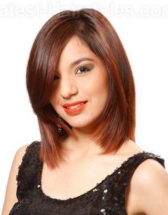 Haircut Liso Medio com camadas longas