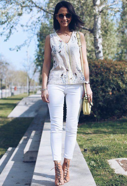 Bela roupa branca Jeans