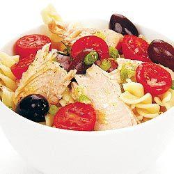 Atum e salada de massa