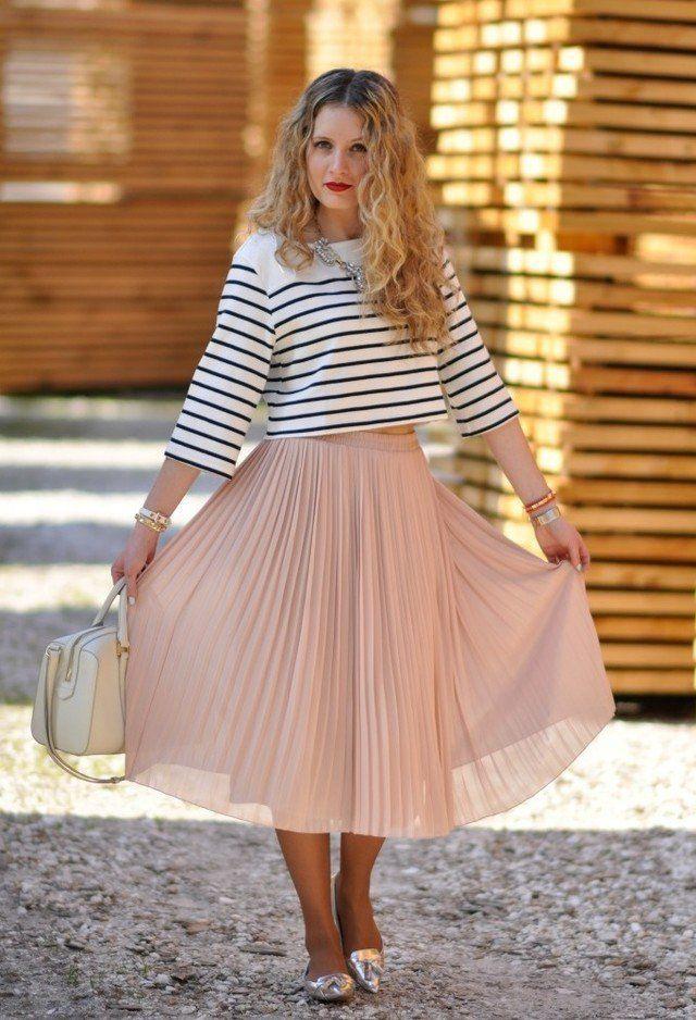 Idea Outfit encantadora com saltos de prata