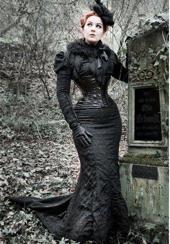 vestidos de cintura reduzidos