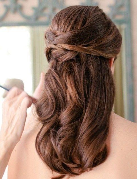 Meio-se metade para baixo para cabelo de comprimento médio