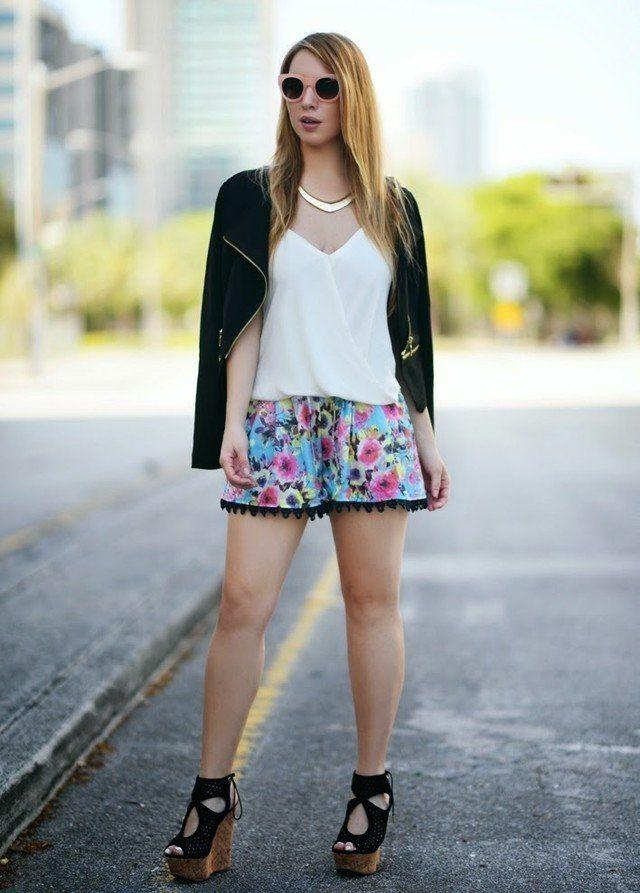 Shorts florais Idea Outfit com Cunhas