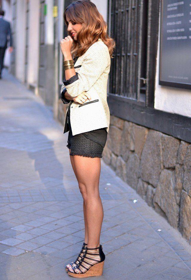 Elegante Idea Blazer Outfit com Cunhas