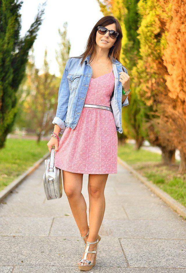 Rosa vestido Outfit com Cunhas