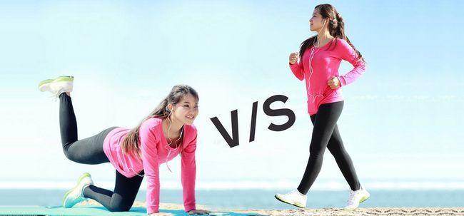 Quais são as diferenças entre yoga e caminhadas?