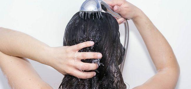 Quais são os efeitos do uso de água dura no cabelo?