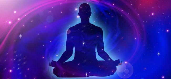 O que é meditação energia cósmica e quais são seus benefícios?