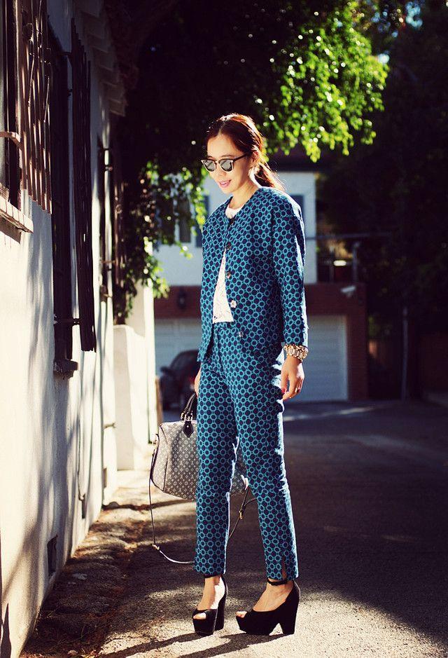 Chic Impresso Outfit Idea