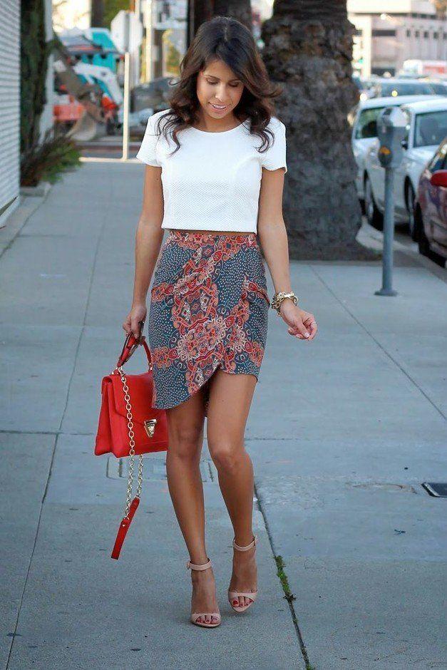 T branco equipamento com Floral Impresso Skirt