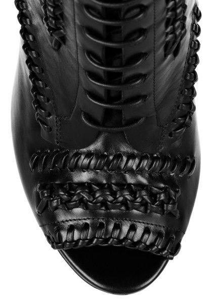 Vista frontal do Jason Wu Harlow whipstitched botas de couro no tornozelo
