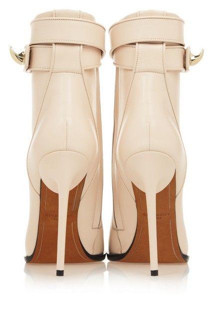 Vista posterior do tornozelo botas Givenchy tubarão bloquear em couro pálido cora